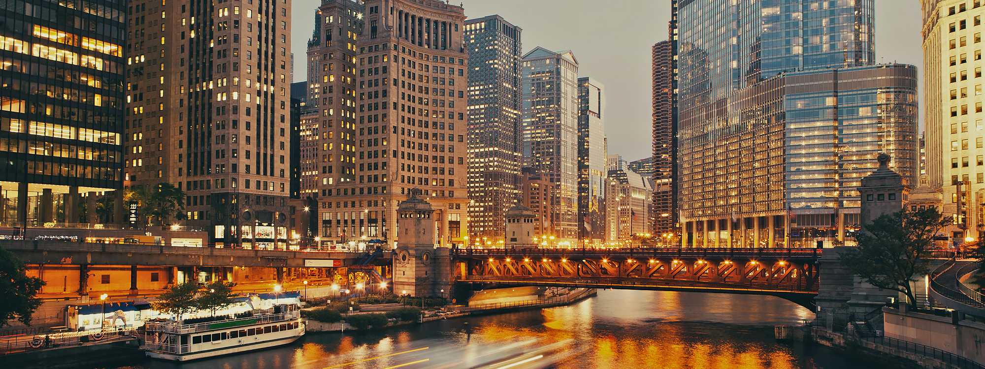 Chicago River and skyline scene.